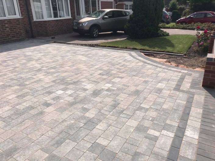 resin driveways installed in Stratford upon Avon